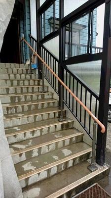 階段手すりアフター